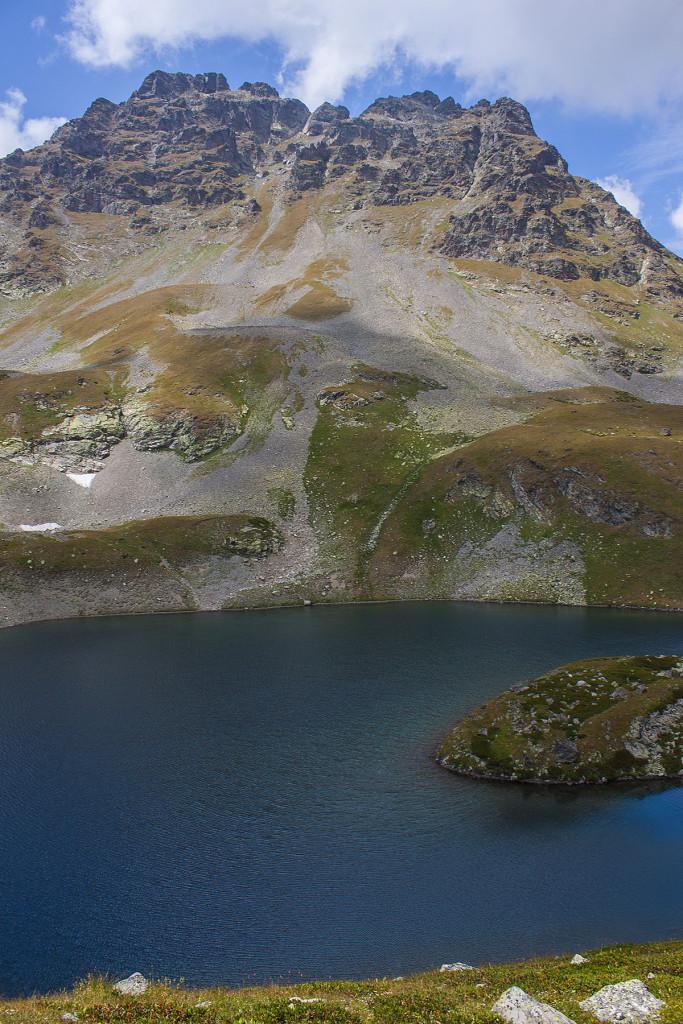 Озеро под Горой Загедан