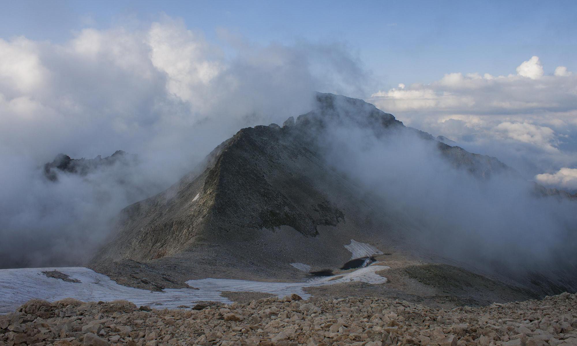 Перевал Поднебесный