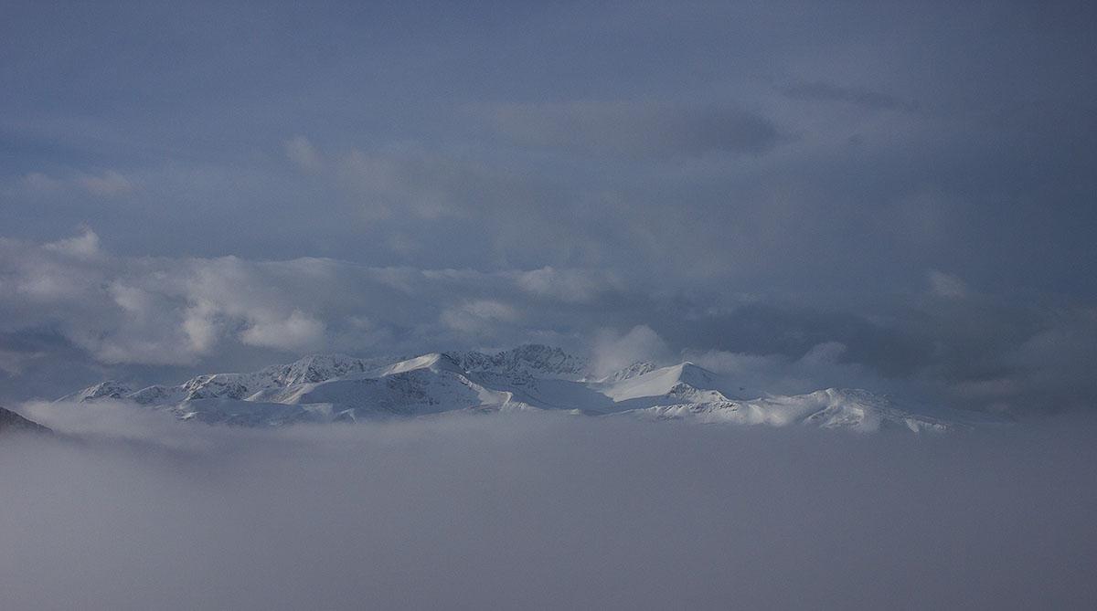 Хребет Большие Бамбаки и Джуга