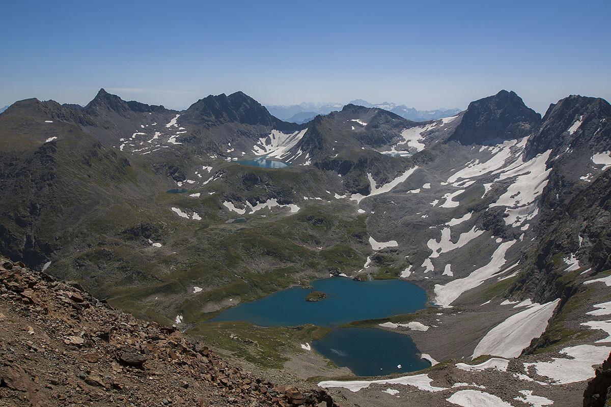 Озеро Безмолвия с перевала Панорамный