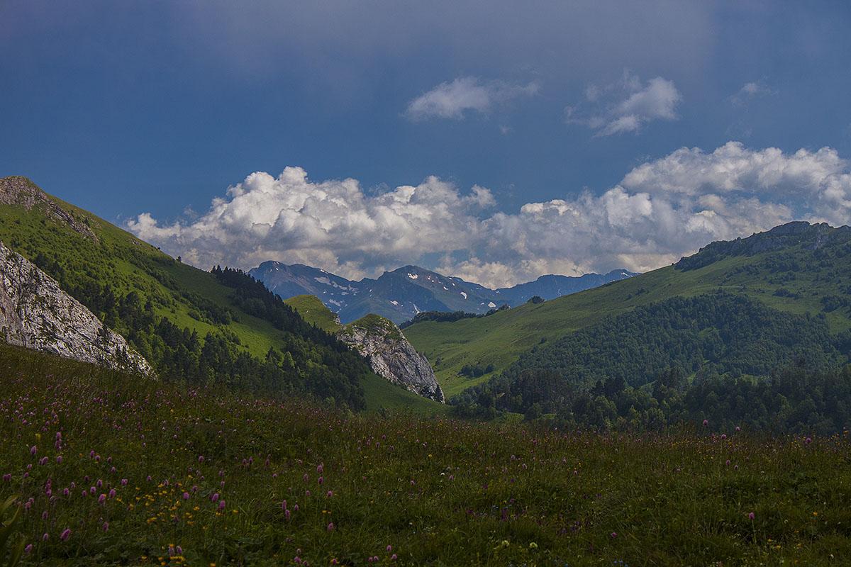 Вид с перевала Чертовы Ворота