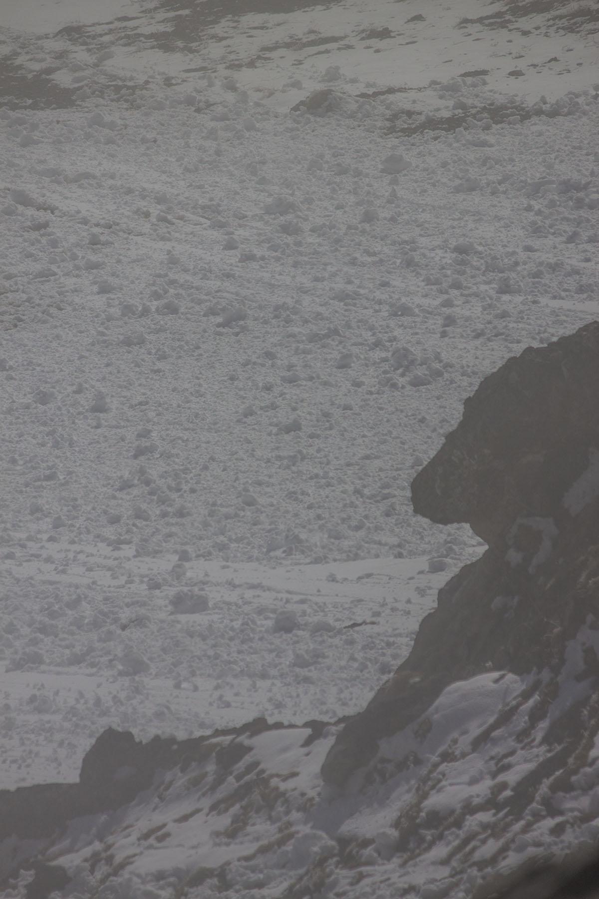 лавин на южном склоне хребта Дженту