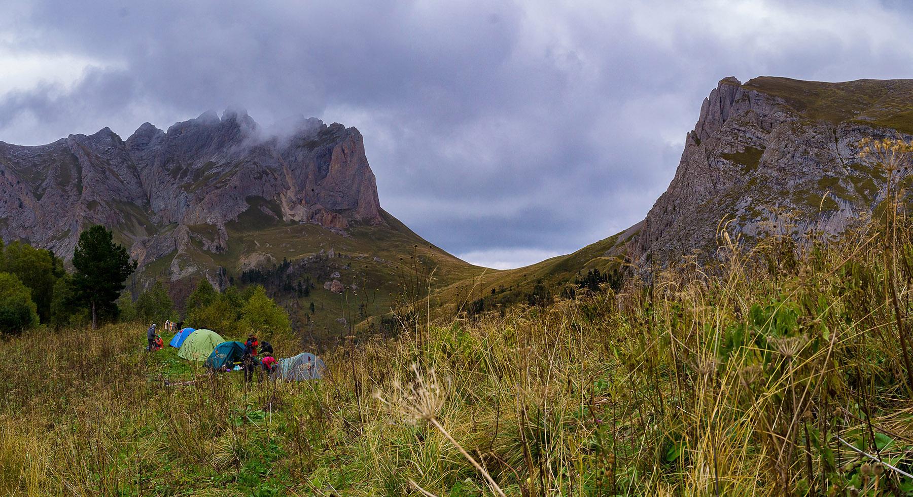 Лагерь возле перевала Чертовы ворота.