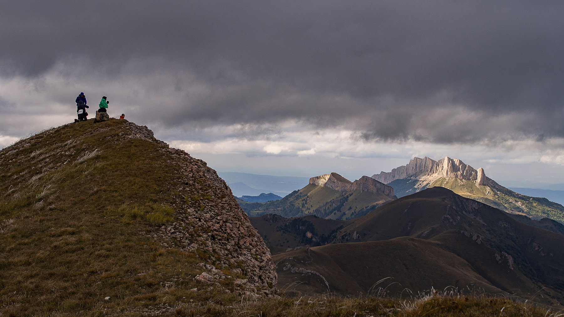 На вершине горы Восточный Ачешбок.